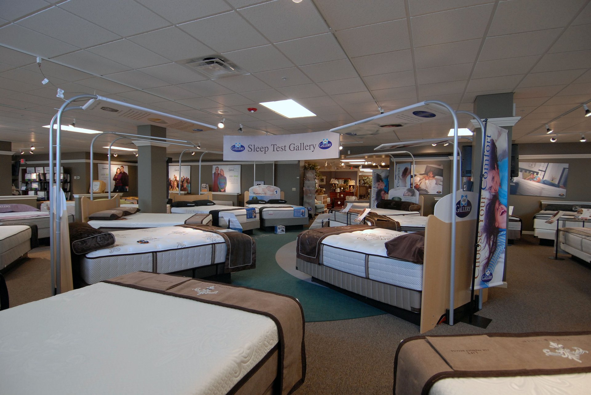 Fish furniture north olmsted oh arkinetics for Retail furniture