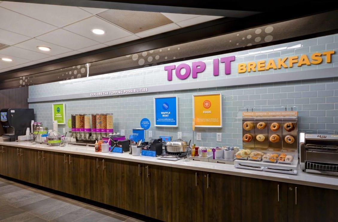 Tru Hotel Breakfast bar