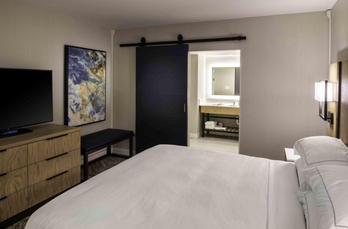 DoubleTree guestroom
